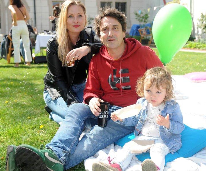 Trojnásobný otec Saša Rašilov by si přál další holčičku